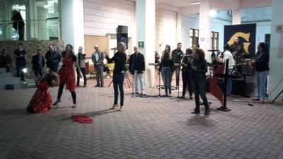 Alunos da Faculdade participam de culto celebrativo pelo Dia do Coração Aquecido