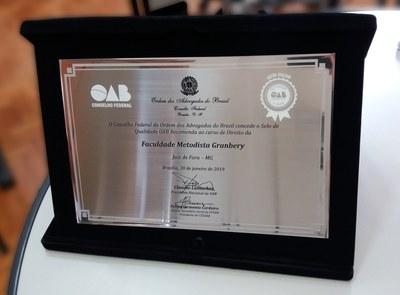 Curso de Direito recebe Selo OAB Recomenda